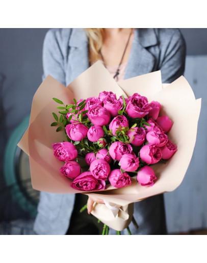 7 веток пионовидной кустовой розы