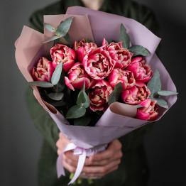 пионовидные тюльпаны и эвкалипт