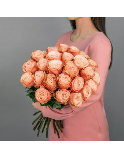 Пионовидная роза Кахала