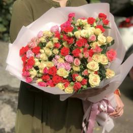 21 кустовая роза микс