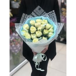 лимонные пионовидные тюльпаны
