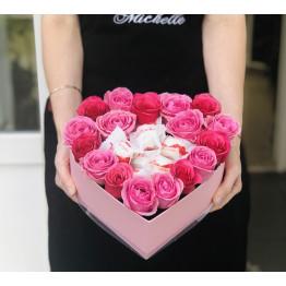нежное сердце с розами